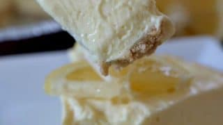 No-Bake Lemon Cheesecake Pie