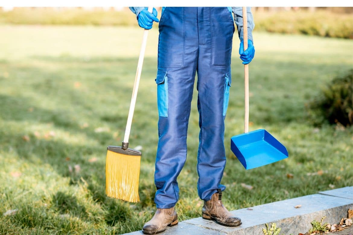 5 Day Outdoor Spring Cleaning Checklist