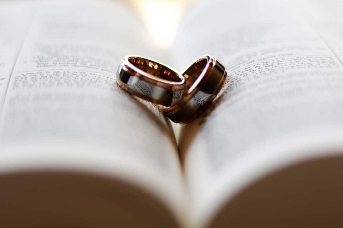 5 Bible Verses For Wives Struggling In Their Marriage