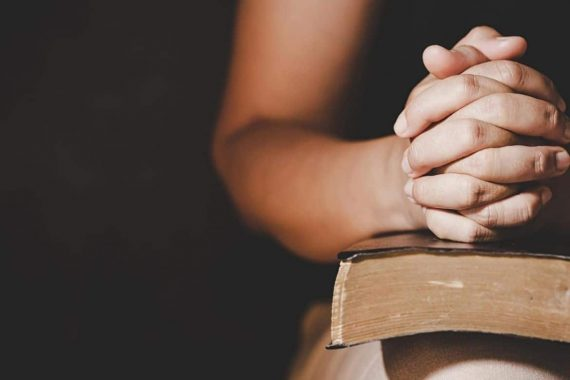 5 Prayers & Scriptures To Cover Your Daughter