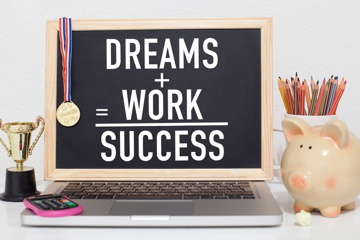 5 Amazing Bible Verses To Live By About Success & Hardwork